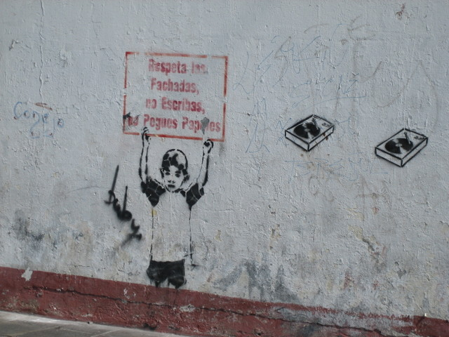http://angrywhitekid.blogs.com/photos/uncategorized/stencil_in_lima_1.JPG